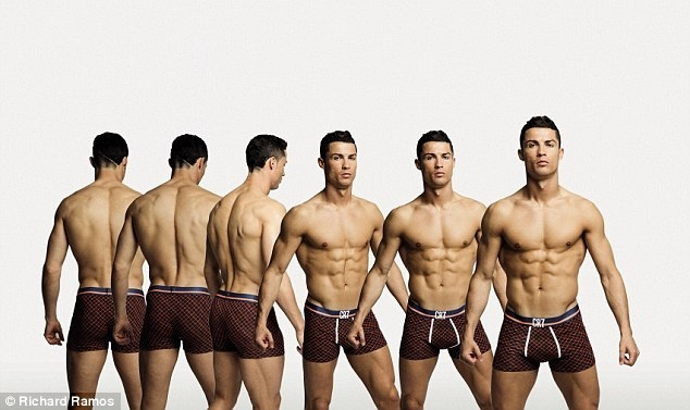 Ronaldo khoe dang manh me trong bo suu tap moi hinh anh 1