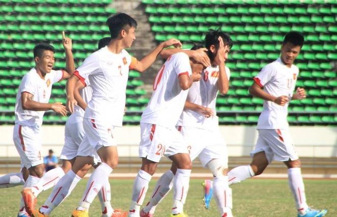 Viet Nam ha Dong Timor 2-0 tran ra quan U19 DNA hinh anh