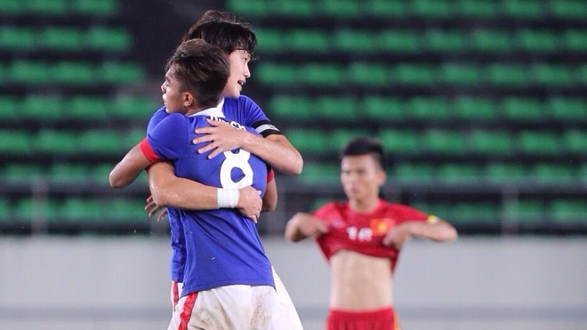 Malaysia an mung sau khi cam hoa U19 Viet Nam hinh anh