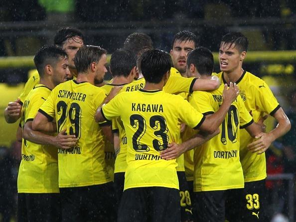 Ha Hertha Berlin 3-1, Dortmund doi lai ngoi dau tu Bayern hinh anh 2