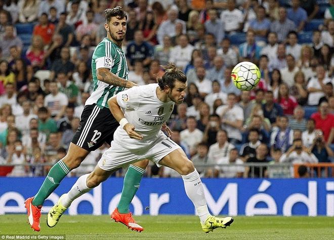 Ronaldo choi mo nhat trong chien thang 5 sao cua Real hinh anh 4