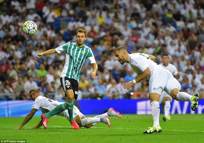Ronaldo choi mo nhat trong chien thang 5 sao cua Real hinh anh 11