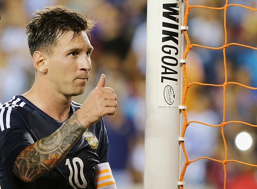 Messi lap cu dup, Argentina dai thang Bolivia 7-0 hinh anh