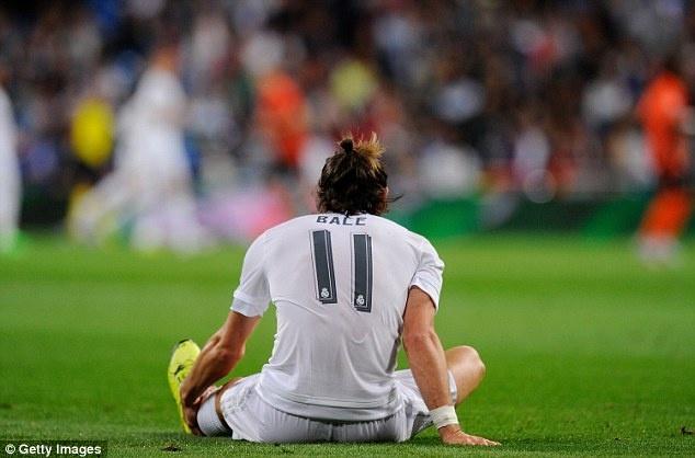Ronaldo lap hat-trick, bo xa thanh tich cua Messi tai Cup C1 hinh anh 7