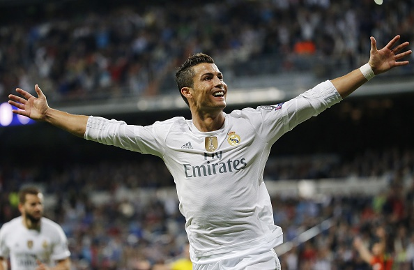 Ronaldo tu hao va hanh phuc sau khi lap ky luc hinh anh