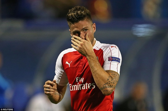 Arsenal bai tran tai Champions League vi the do va phan luoi hinh anh 2