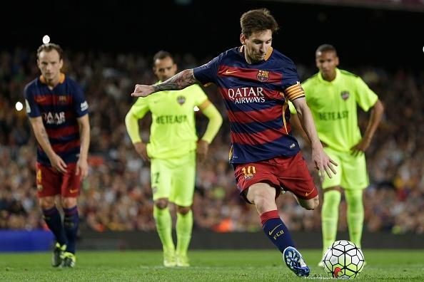 Tong hop tran dau: Barcelona 4-1 Levante hinh anh