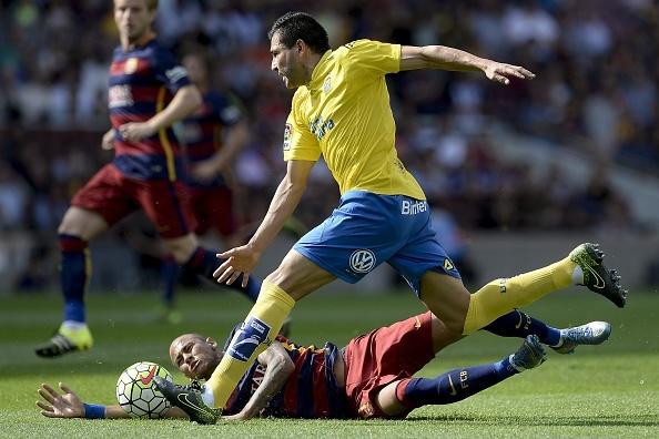 Suarez lap cu dup giup Barca ha Las Palmas 2-1 hinh anh 12