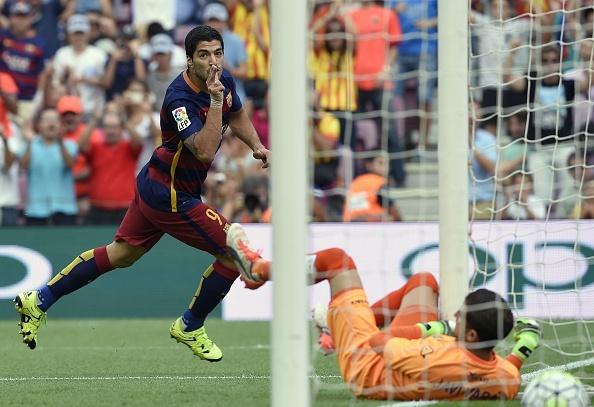 Suarez lap cu dup giup Barca ha Las Palmas 2-1 hinh anh 11