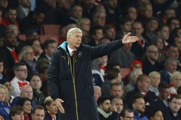 Wenger bao ve Ospina, tin Arsenal vuot kho tai Cup C1 hinh anh