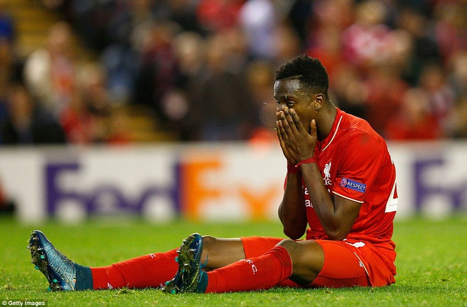 Liverpool bi Sion kim chan ngay tai Anfield hinh anh 2
