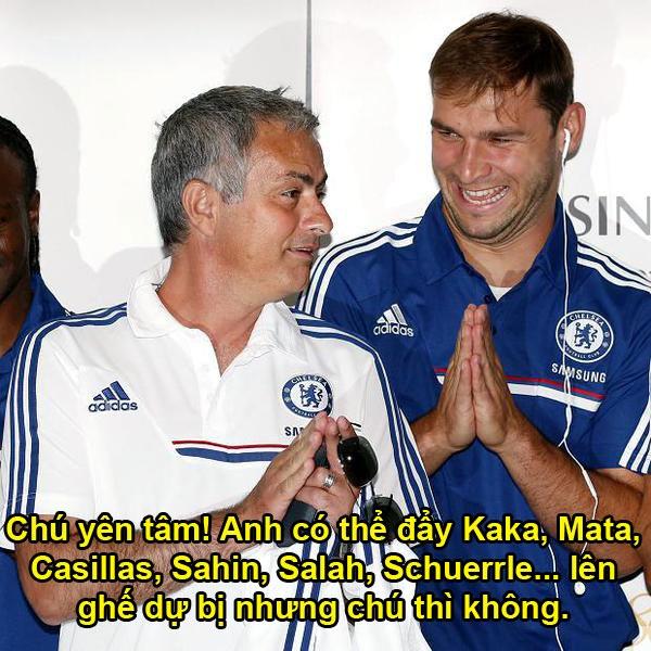 Anh vui Mourinho than khoc ve quyet dinh cua trong tai hinh anh 6