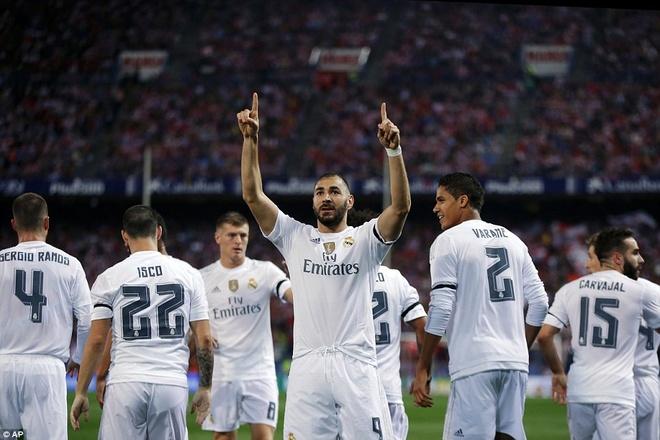Ronaldo choi mo nhat, Real bi kim chan o derby Madrid hinh anh 5