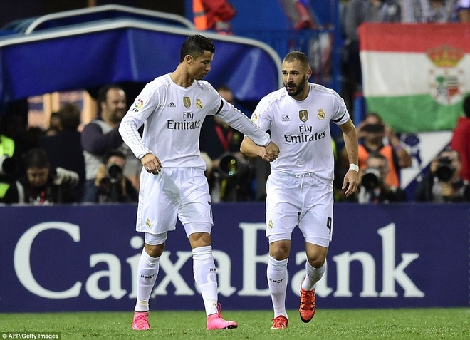 Ronaldo choi mo nhat, Real bi kim chan o derby Madrid hinh anh 6