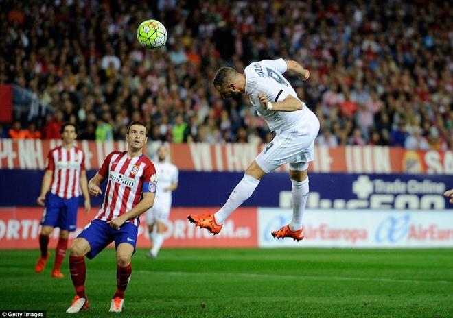 Ronaldo choi mo nhat, Real bi kim chan o derby Madrid hinh anh 4