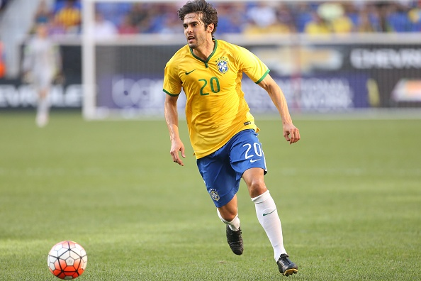 Kaka va Alves duoc goi bo sung vao doi tuyen Brazil hinh anh 1