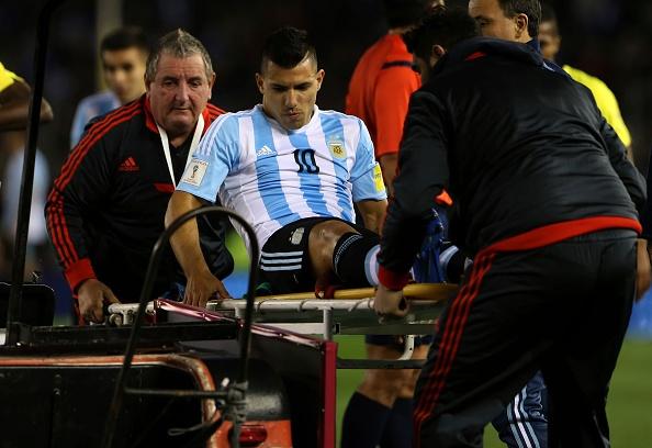 Sergio Aguero bat khoc khi dinh chan thuong hinh anh 1
