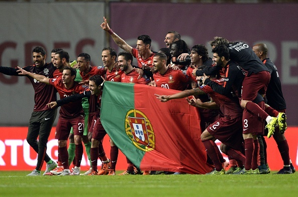 Ronaldo im tieng, Bo Dao Nha van gianh ve du VCK EURO 2016 hinh anh 10