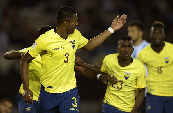 Argentina thua Ecuador 0-2 tai vong loai World Cup hinh anh