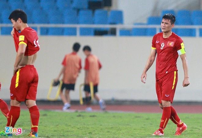 Thai Lan vung ngoi dau sau tran thang Viet Nam 3-0 hinh anh 5