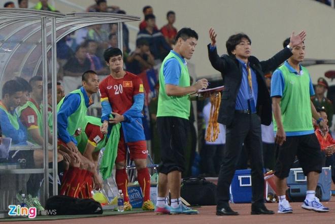 Thai Lan vung ngoi dau sau tran thang Viet Nam 3-0 hinh anh 44