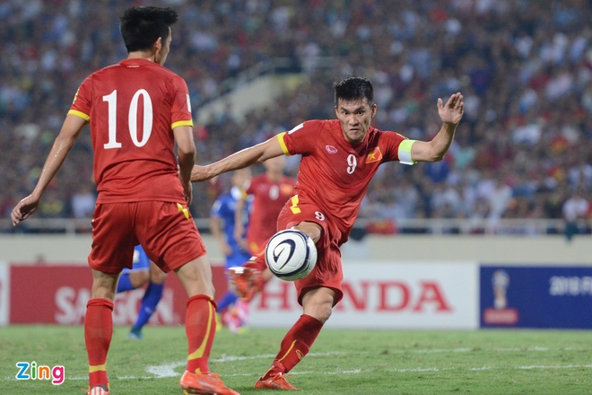 Thai Lan vung ngoi dau sau tran thang Viet Nam 3-0 hinh anh 37
