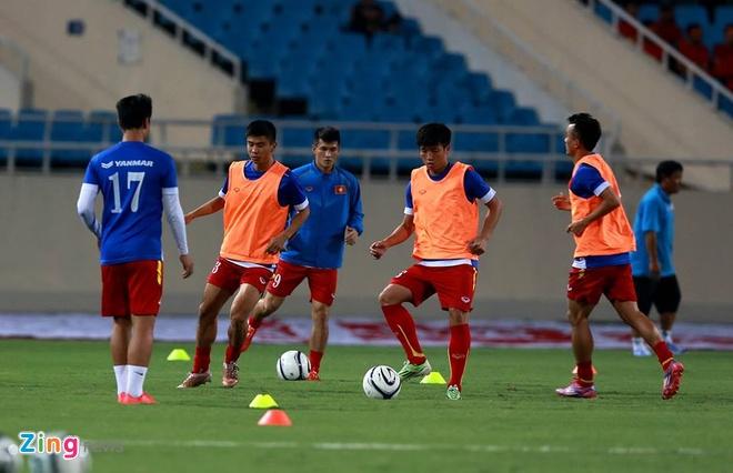Thai Lan vung ngoi dau sau tran thang Viet Nam 3-0 hinh anh 25