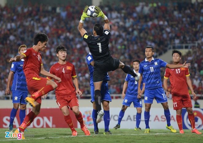 Thai Lan vung ngoi dau sau tran thang Viet Nam 3-0 hinh anh 40