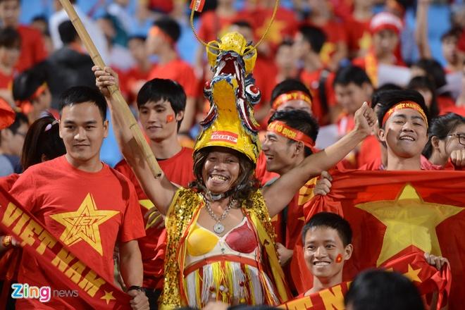 Thai Lan vung ngoi dau sau tran thang Viet Nam 3-0 hinh anh 32