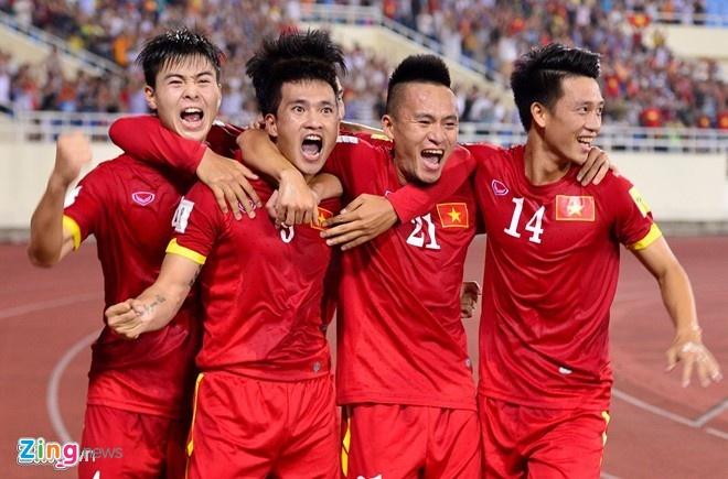 Thai Lan vung ngoi dau sau tran thang Viet Nam 3-0 hinh anh 3