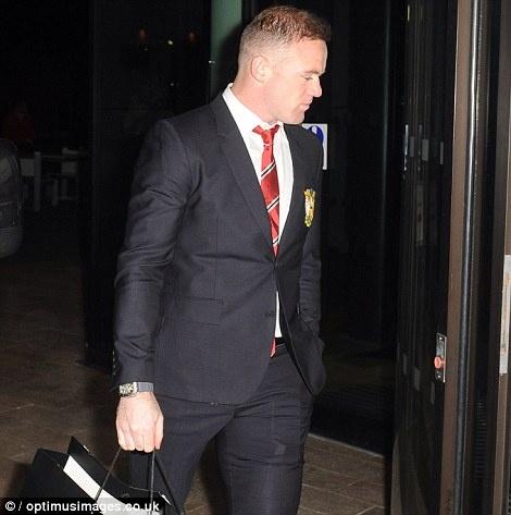 Sao MU du sinh nhat Rooney sau tran hoa Man City hinh anh 1