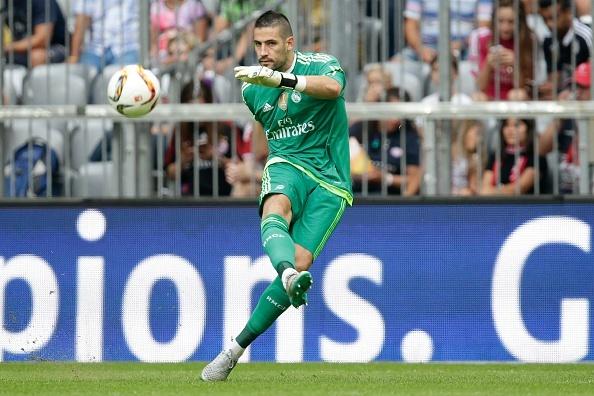 Ronaldo bien Las Palmas thanh nan nhan thu 30 tai La Liga hinh anh 10