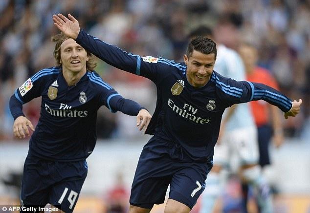 Ronaldo bien Las Palmas thanh nan nhan thu 30 tai La Liga hinh anh 7
