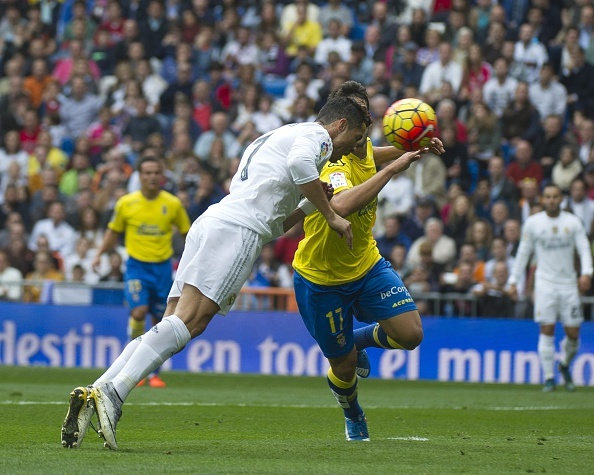 Ronaldo bien Las Palmas thanh nan nhan thu 30 tai La Liga hinh anh 16