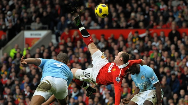 Lao tuong 34 tuoi tai hien cu xe dap chong nguoc cua Rooney hinh anh