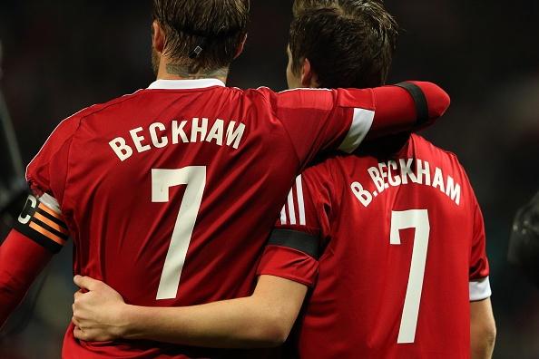 Brooklyn Beckham da thay cha trong tran dau cua huyen thoai hinh anh 5