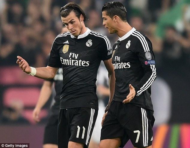 Benitez phai lam gi de ha Barcelona? hinh anh 2