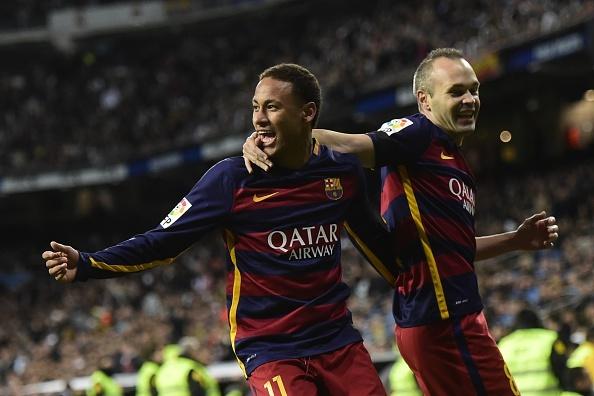 Dai thang 4-0 tai Bernabeu, Barca bo xa Real 6 diem hinh anh 2