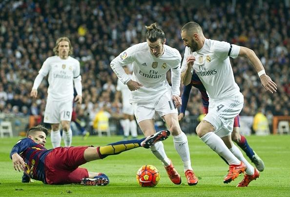 Dai thang 4-0 tai Bernabeu, Barca bo xa Real 6 diem hinh anh 31