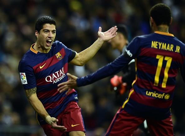 Dai thang 4-0 tai Bernabeu, Barca bo xa Real 6 diem hinh anh 17