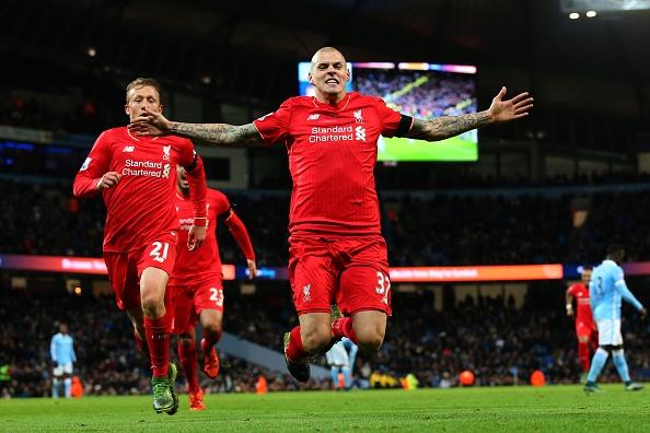 Doi hinh tieu bieu vong 13 Premier League hinh anh 3