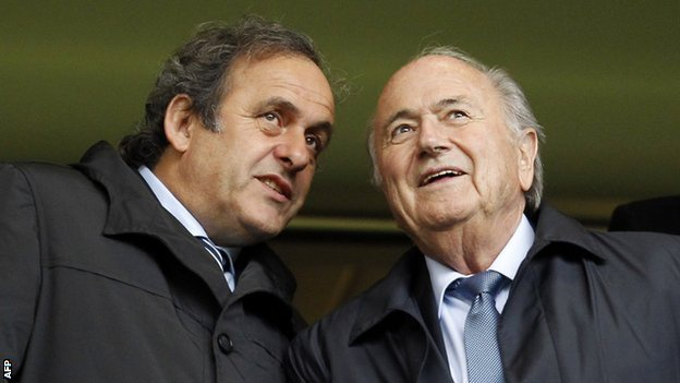 Diem tin 23/11: 'Platini van co the lam Chu tich FIFA' hinh anh 1