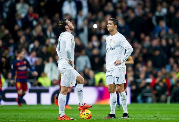 Ronaldo va Bale, ai choi te hon o sieu kinh dien? hinh anh 1