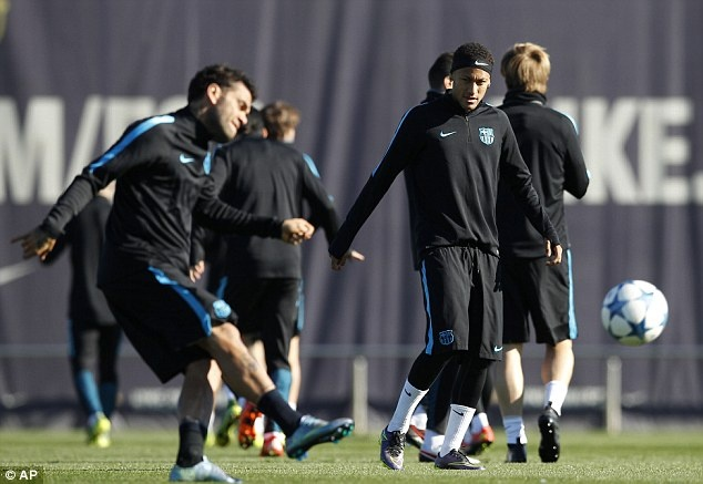 Messi san sang da chinh o cuoc tiep don Roma hinh anh 5