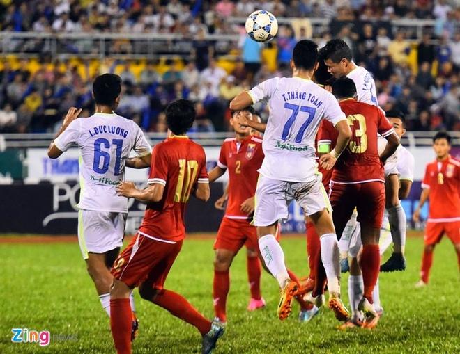 Danh bai Myanmar 4-3, HAGL gap U21 Viet Nam o ban ket hinh anh 15