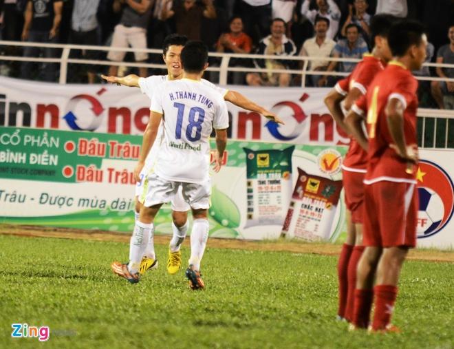 Danh bai Myanmar 4-3, HAGL gap U21 Viet Nam o ban ket hinh anh 25