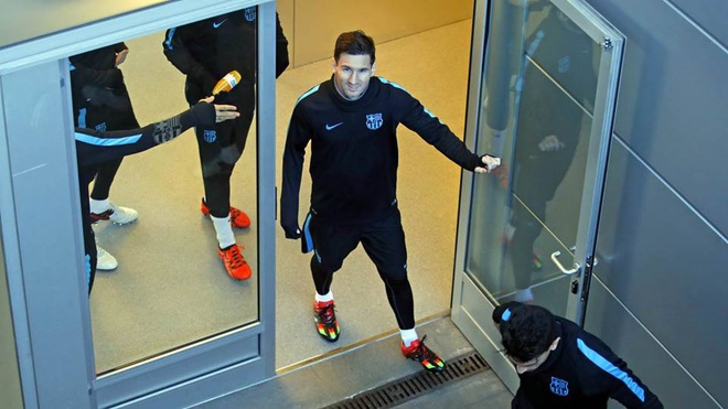 Messi san sang da chinh o cuoc tiep don Roma hinh anh 1