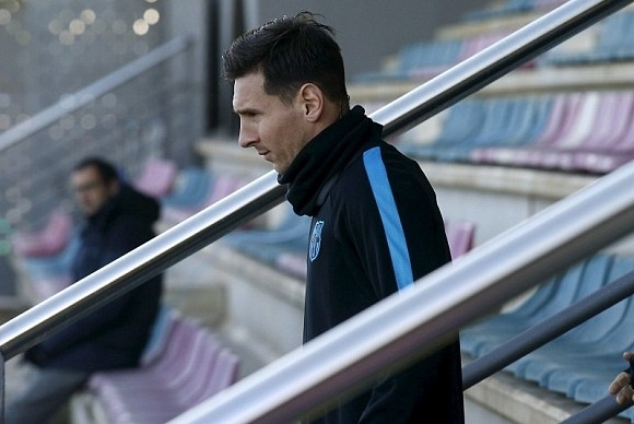 Messi san sang da chinh o cuoc tiep don Roma hinh anh