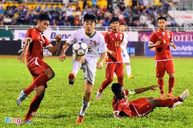 Danh bai Myanmar 4-3, HAGL gap U21 Viet Nam o ban ket hinh anh 2
