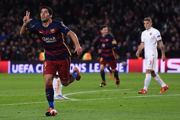 Ronaldo, Messi lan dau sat canh o doi hinh tieu bieu Cup C1 hinh anh 11